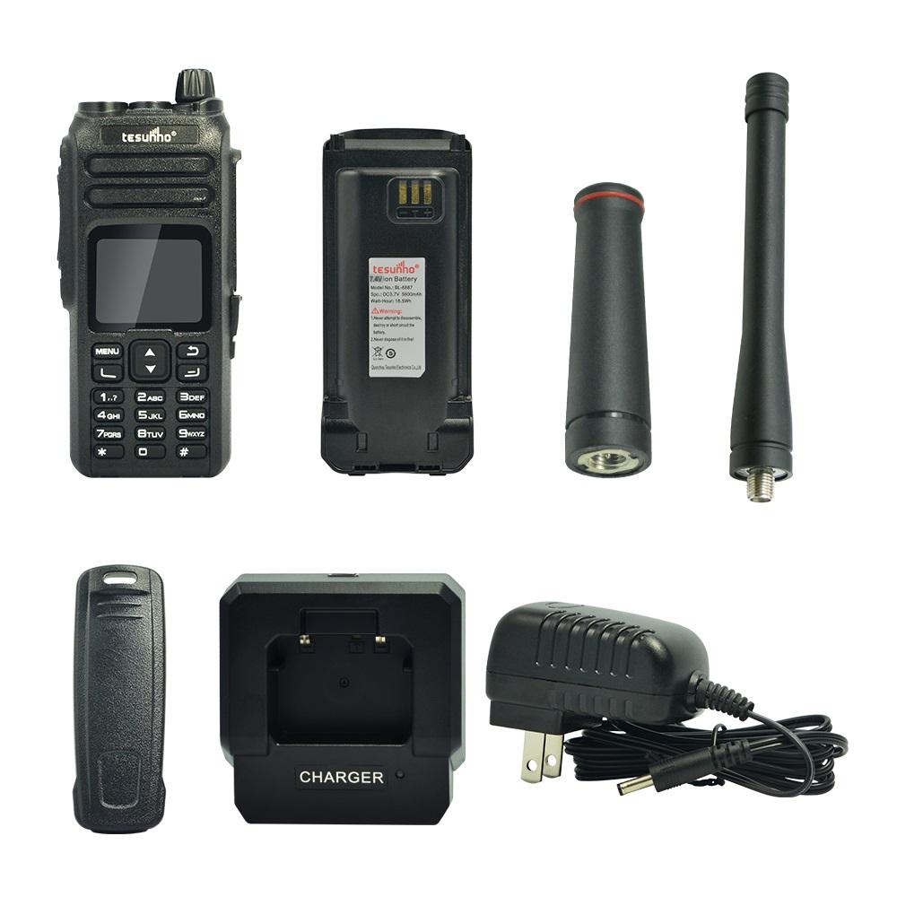 GSM UHF Radio, GSM VHF Radio, Analog Radios with 3G / 4G Cellular Network TH-680